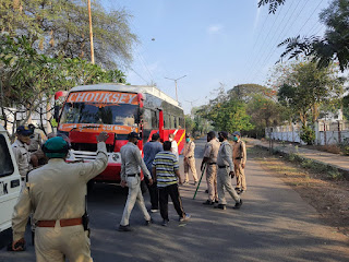 ग्रामीण क्षेत्रो मे सख्ती कर बिना वजह बाहर घूमने वाले 155 लोगो के खिलाफ अस्थायी जेल भेजने की कार्यवाही की गई