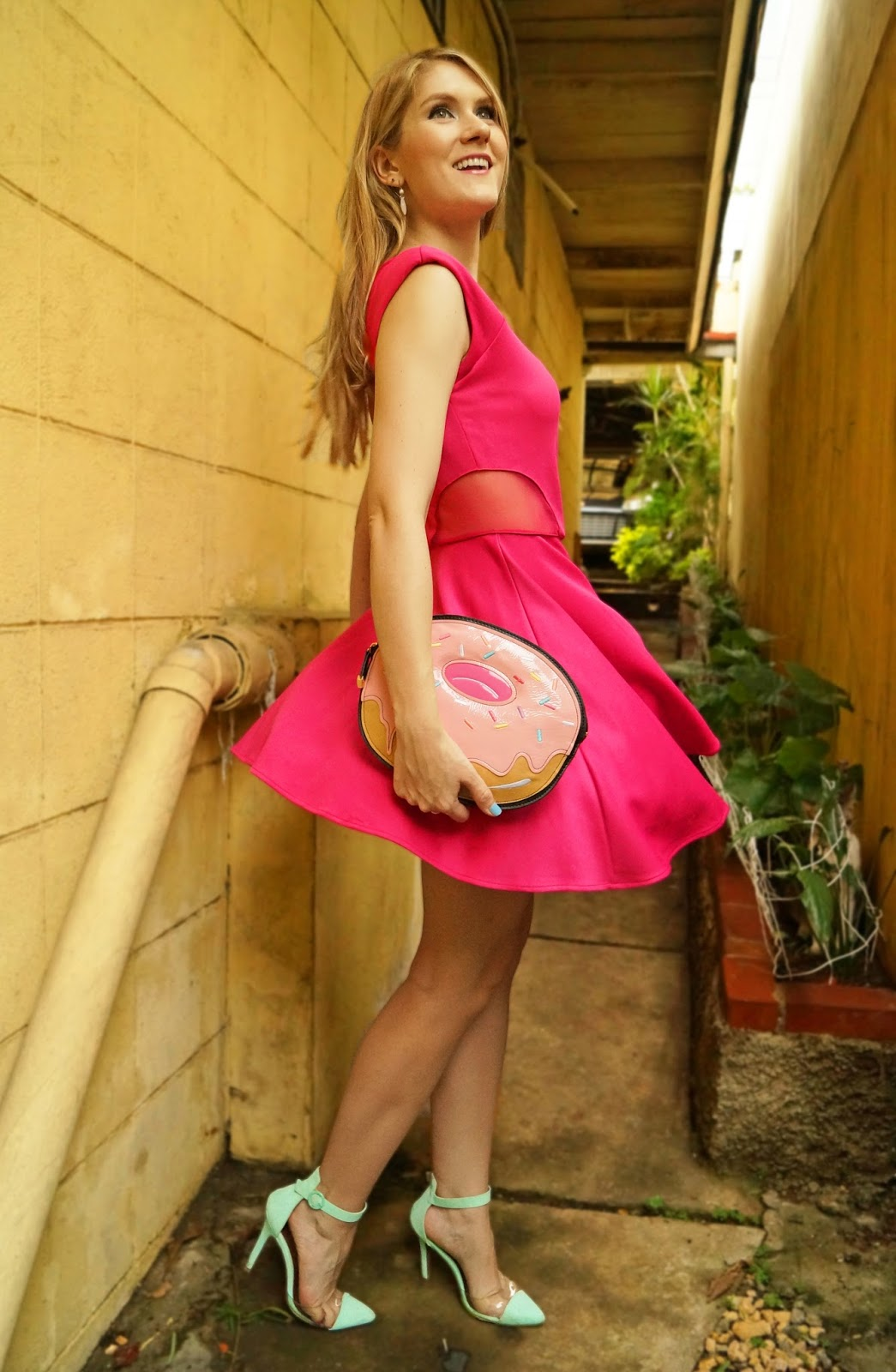 Click through to find 2 other ways to wear a simple pink dress!
