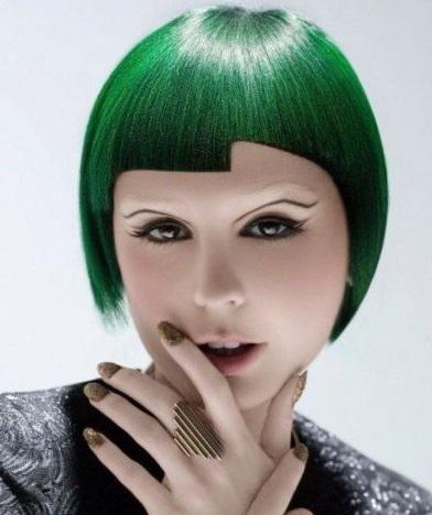 model rambut cat hijau lurus