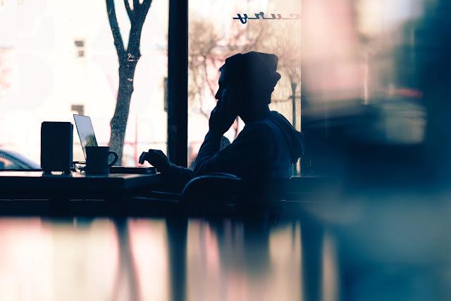 دليلك الكامل لبدئ العمل عبر الإنترنت و من المنزل