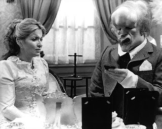 The Elephant Man - John Hurt & Hannah Gordon
