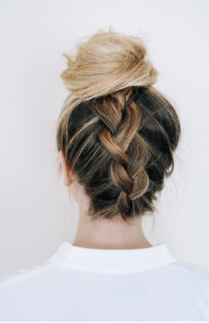 5 easy everyday hairstyles you can do yourself - Ioanna's Notebook