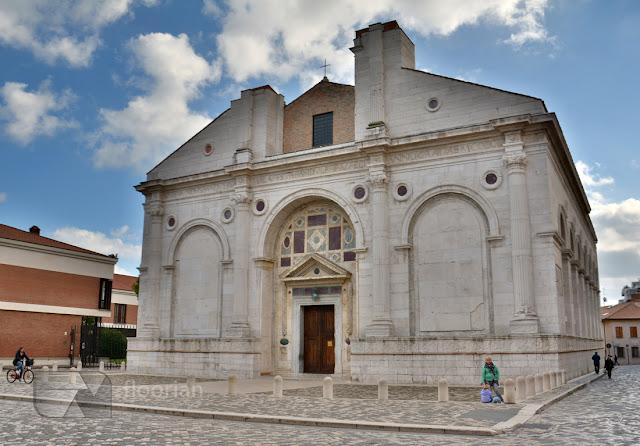 Rimini - Tempio Malatestiano - TOP atrakcja turystyczna nad wyżrzeżem adriatyku