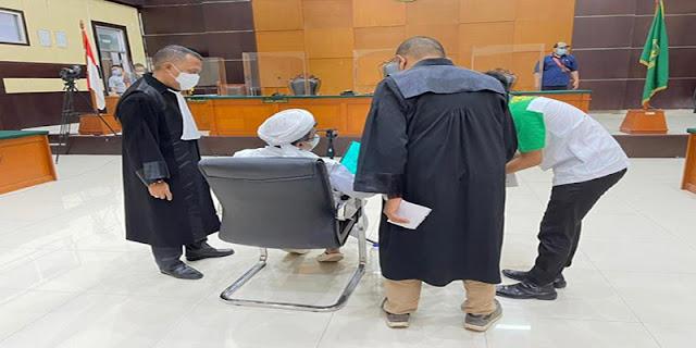 Kala Habib Rizieq Ngegas Dulu Usai Hakim Ketuk Palu