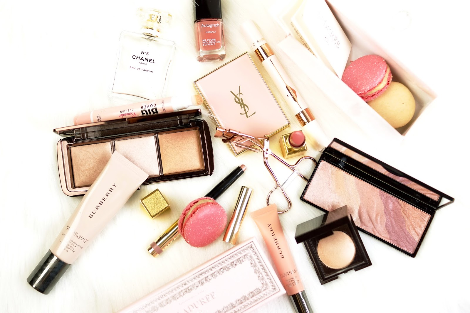 makeup-flatlay-pink-barely-there-beauty-blog-chanel-hourglass-charlotte-tilbury