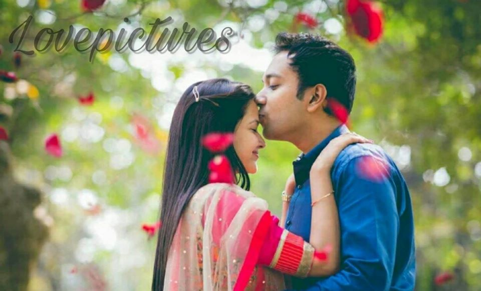 Hindi Love Pictures