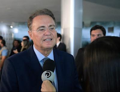 Renan Calheiros retira candidatura à presidência do Senado Federal