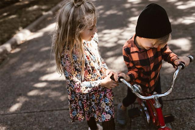 flores-y-naranja-moda-niñas