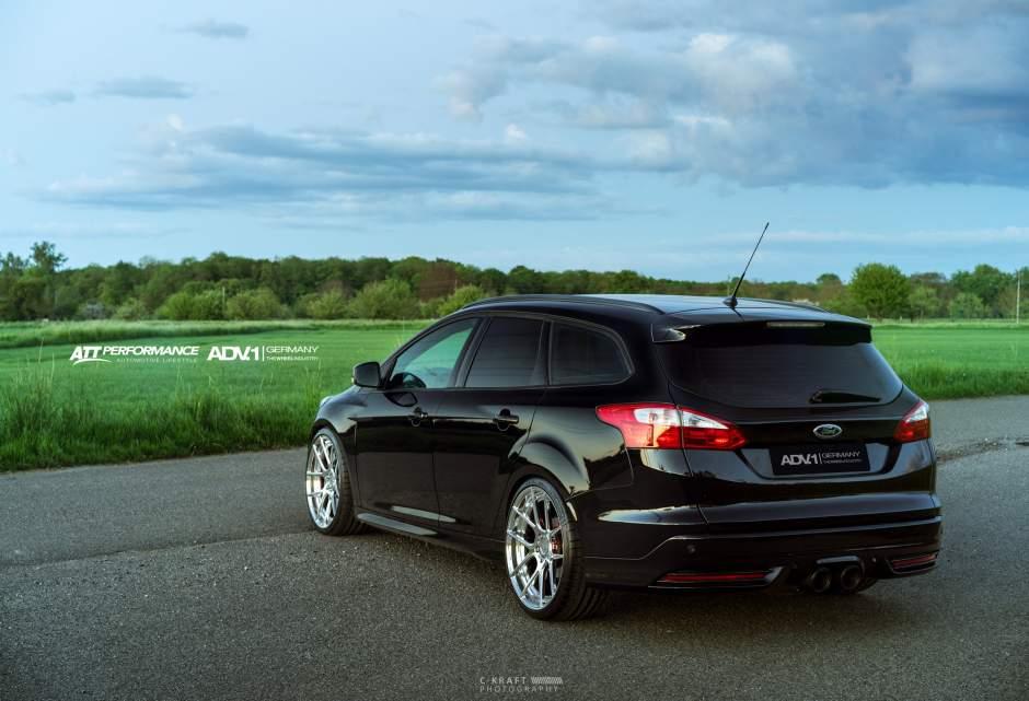 2017 Ford Focus St Turnier Estate With Adv5 0mv2 Wheels