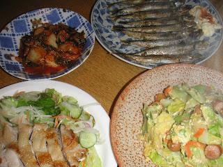 鶏の甘酢焼き シシャモバター焼き 玉子炒め キムチ完成画像