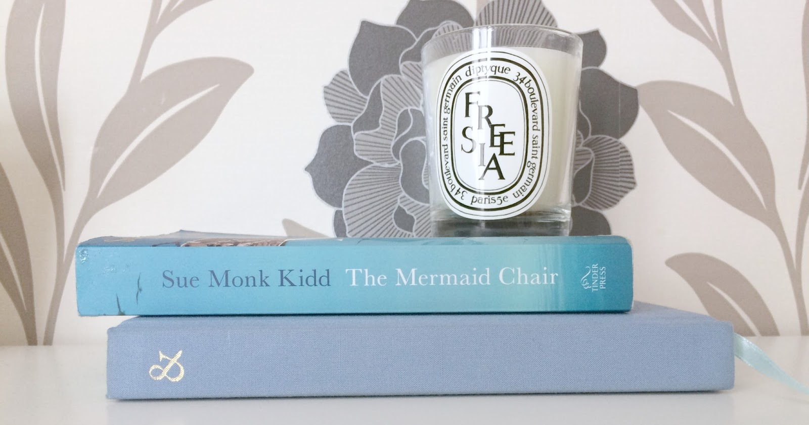 The Mermaid Chair Adams Mfg Adirondack Chairs Lilac Scrapbook By Sue Monk Kidd Island Life Is Described In A Way That Like I Said Makes Me Think Ve Lived It And Details Of Monastery Were Fascinating