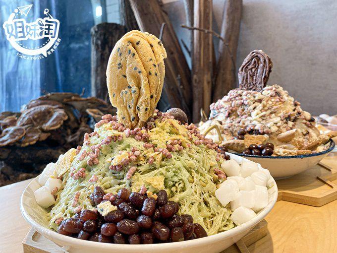 新開的文青網美冰店在苓雅!客製化冰品加上蛋捲好豐富,手工鬆餅和蛋捲最適合下午茶-十月森雪花冰小店