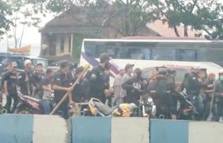 Mencekam! BPPKB vs Sapu Jagat Kembali Bentrok di Sukabumi