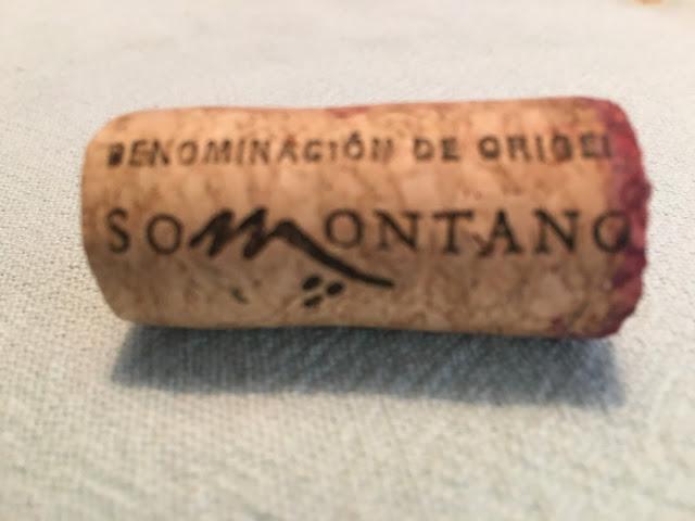 Corcho con la D.O.Somontano de Batán de Salas merlot 2015