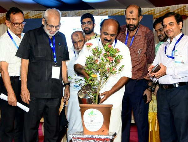News, Kerala, Minister, E Chandrasekharan, Students, Aliya group 80th anniversary celebrated