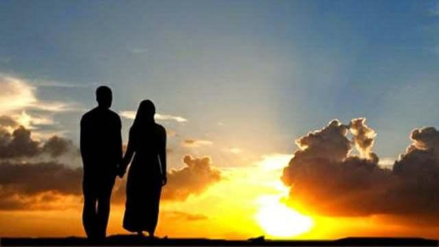 """Islam menjadikan pria sebagai """"Qawam"""" bagi isterinya, tidak berarti suami identik dengan raja, dan isterinya menjadi rakyat. Suami menjadi majikan, dan isterinya menjadi pembantu, bahkan budak. Tidak. Bukan begitu makna """"Qawam"""""""