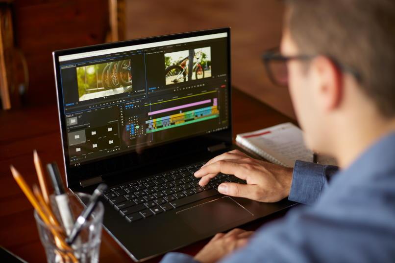 Edición de video con licencia Adobe Stock
