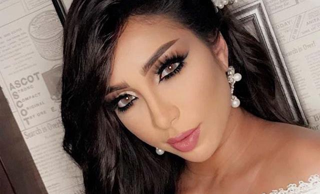 دنيا بطمة تتسبب في غضب جمهور فنانات ومطربات الخليج!.. فيديو