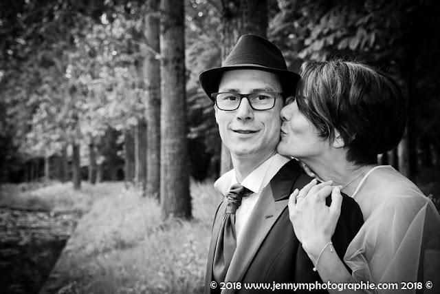 portrait des mariés en noir et blanc, salle de la bretonniere 85 boufféré