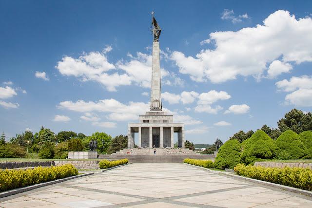 Slavin, monumento comunista (Bratislava) (@mibaulviajero)