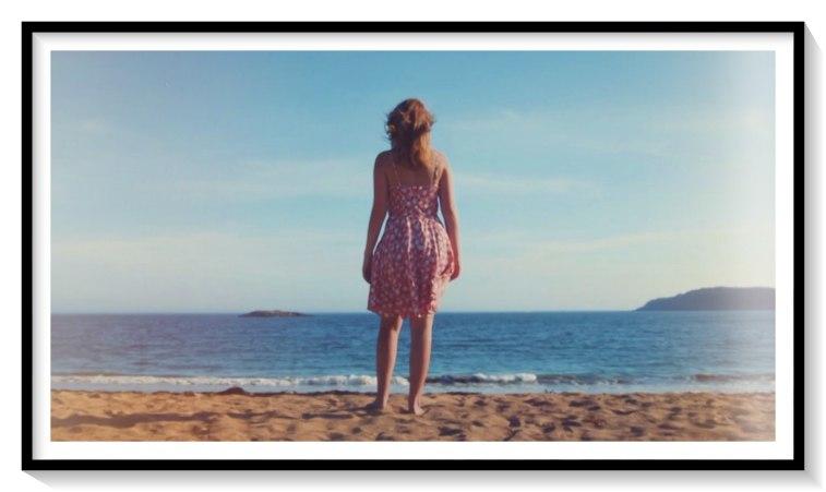 Existem 4 remédios para curar maus momentos: o silêncio, o tempo, a música e o mar...