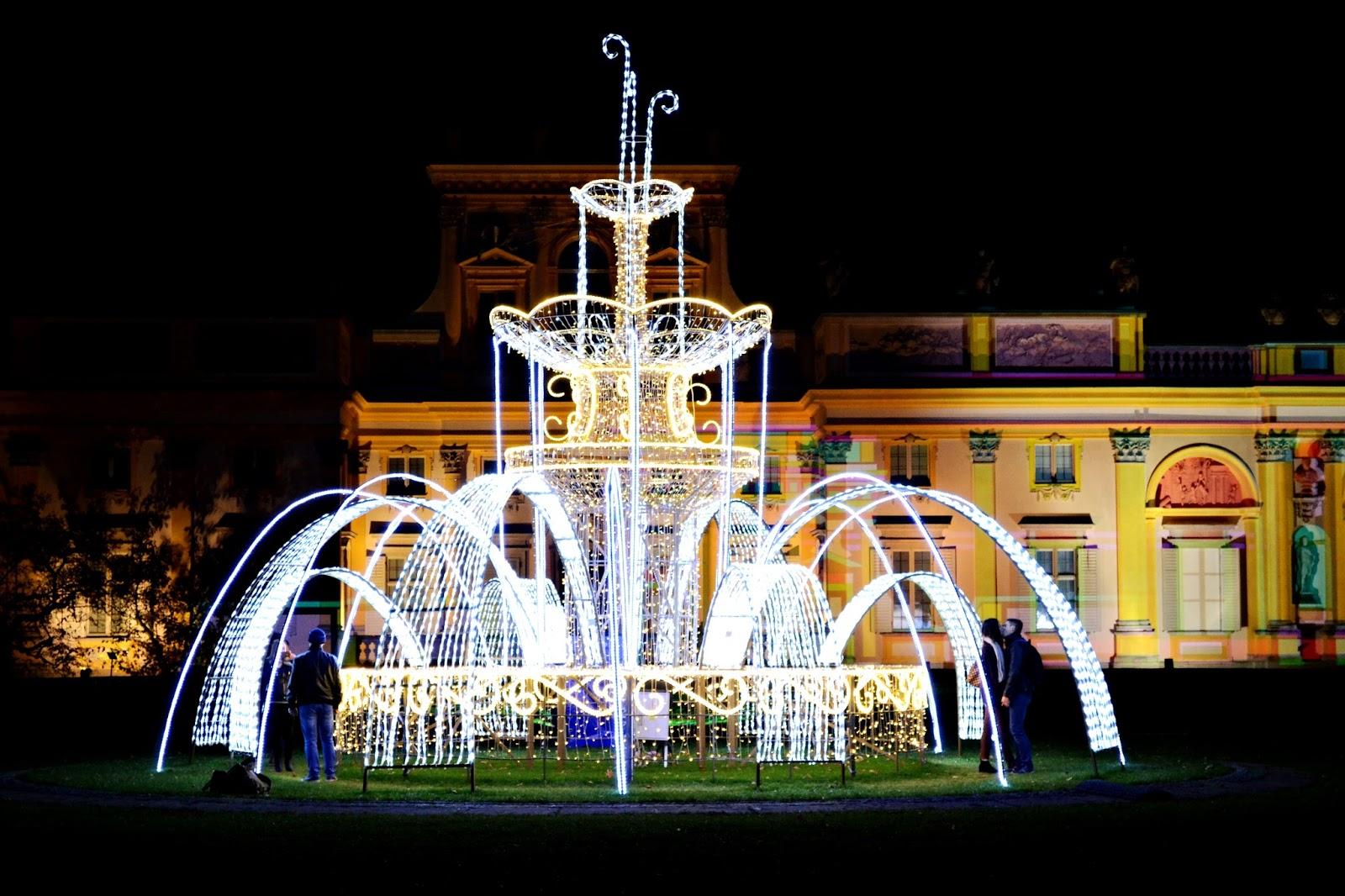 Królewski Ogród światła W Wilanowie Baba Za Klawiaturą