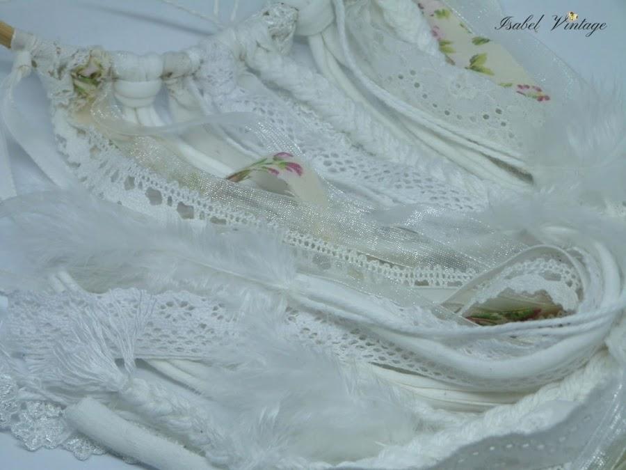 atrapasueños-decorado-puntillas-cintas-plumas