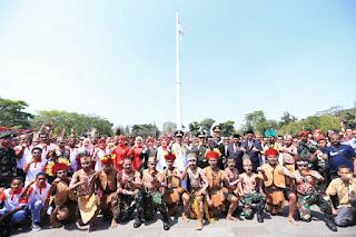 100 Orang Warga Papua Hadir Mengikuti Upacara Memperingati HUT RI Ke-74 Di Bandung
