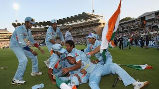 Indian Team celebrating after Winning World Cup 2007