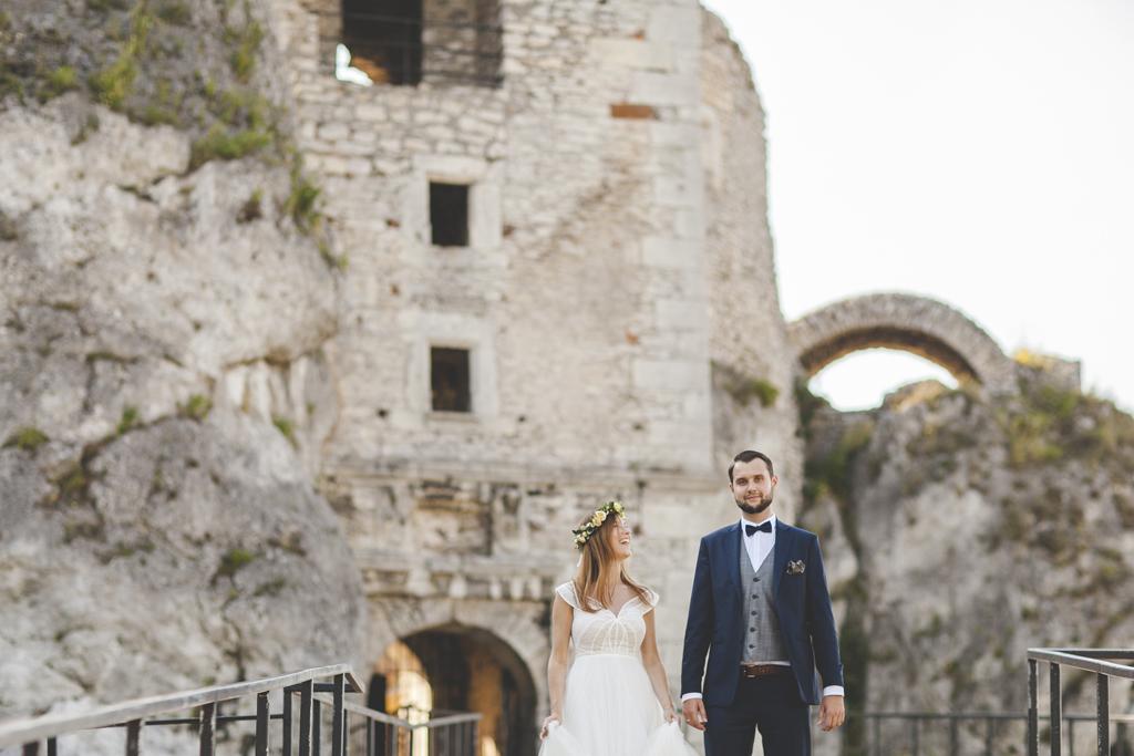 Natalia i Michał, reportaż ślubny, zdjęcia ślubne, Kraków, plener ślubny na zamku