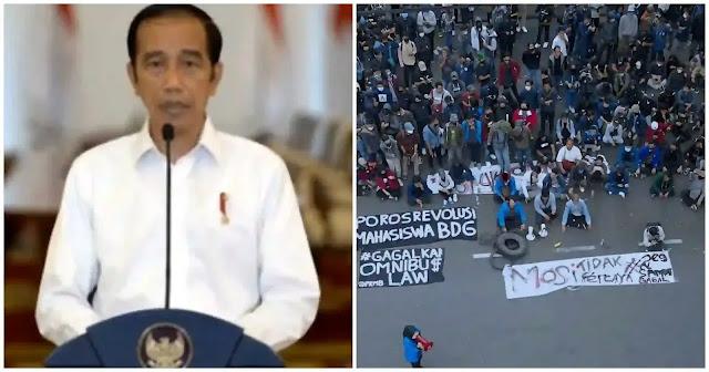 """Jokowi pada tanggal 9 Okt untuk pertama kalinya bicara mengenai UU Ciptaker setelah disahkan tanggal 5 Okt. Dalam pidatonya Jokowi mengecilkan protes sebagai """"berdasar hoaks"""". Mari kita periksa kata-kata dia. Utas bagian I"""