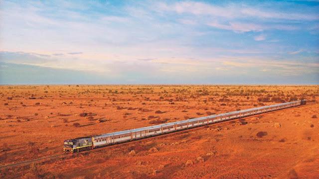 Maior reta ferroviária do mundo