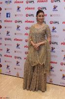 Ranbir Kapoor Alia Bhatt and others at Red Carpet Of 4th Edition Lokmat Maharashtrian Awards 2017 015.JPG