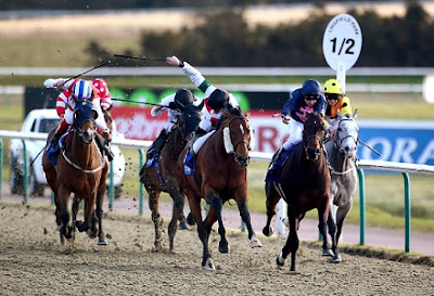 Lingfield horse racing tips