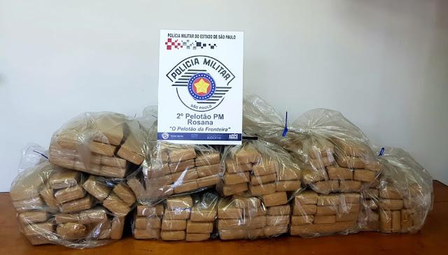 Veículo carregado com mais de 100 tabletes de maconha é localizado abandonado em Rosana