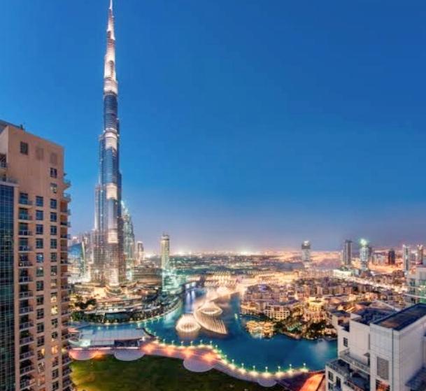 فنادق مطلة على برج خليفة