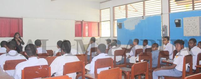 SMK Negeri 1 Kurang Disiplin Waktu Masuk Sekolah