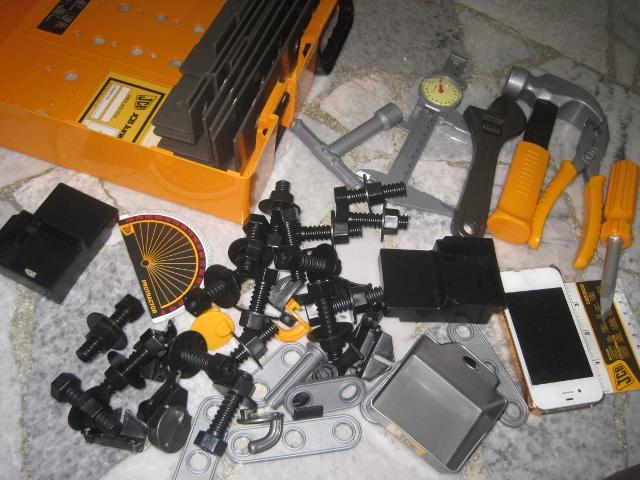 Juaimurah Jcb Junior Tool Bench Box