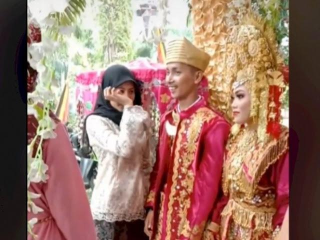 Wanita Ini Menangis di Pernikahan Mantan, Netizen Salfok dengan Tanggan Mempelai Pria