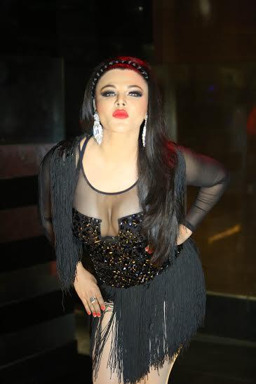 "Rakhee Sawant to appear as Eunuch for Hindi film ""UPEKSHA.."""