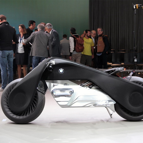 Tinuku BMW Motorrad Next Vision 100 digital tech future autonomous motorcycle brand
