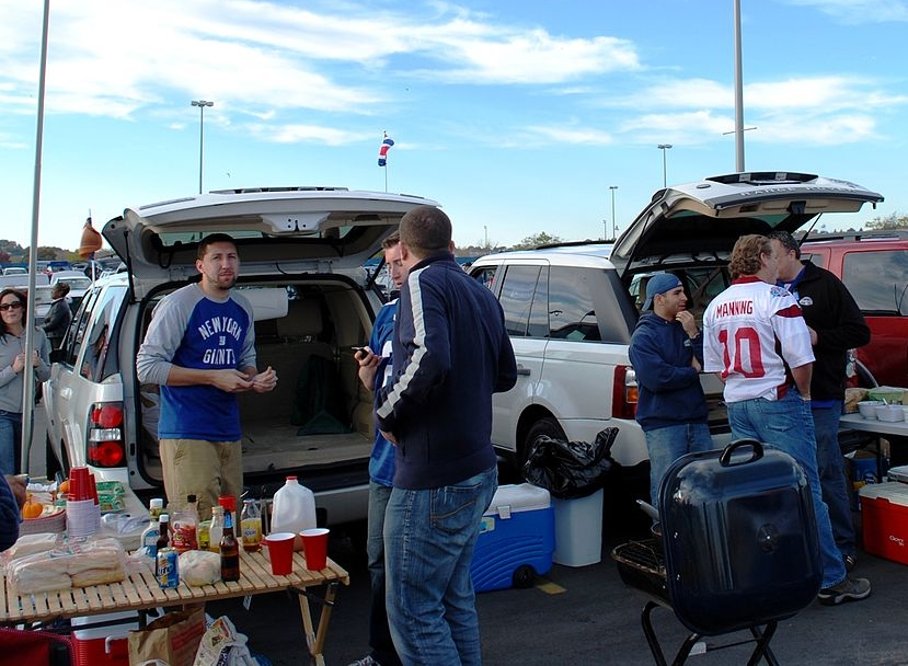 snackenglish, snack, tailgate, party, car, american, stadium, friends