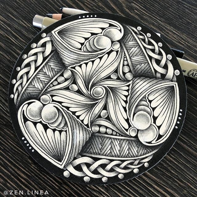 07-Anica-Gabrovec-Zentangle-Drawings-www-designstack-co