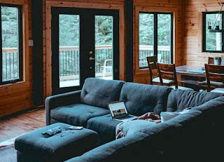 Moderen cottage with relaxing furniture.