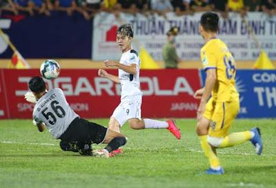 Video Nam Định 2-0 HAGL: Nuối tiếc Văn Toàn, 2 bàn đẳng cấp