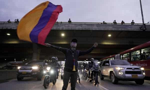 Colombia, 'No food and no fuel': Colombia torn by protests and violent crackdown, Harbouchanews