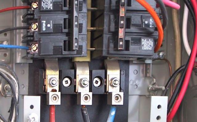 الفرق بين الأسلاك الكهربائية أحادية الطور وثلاثية الأطوار