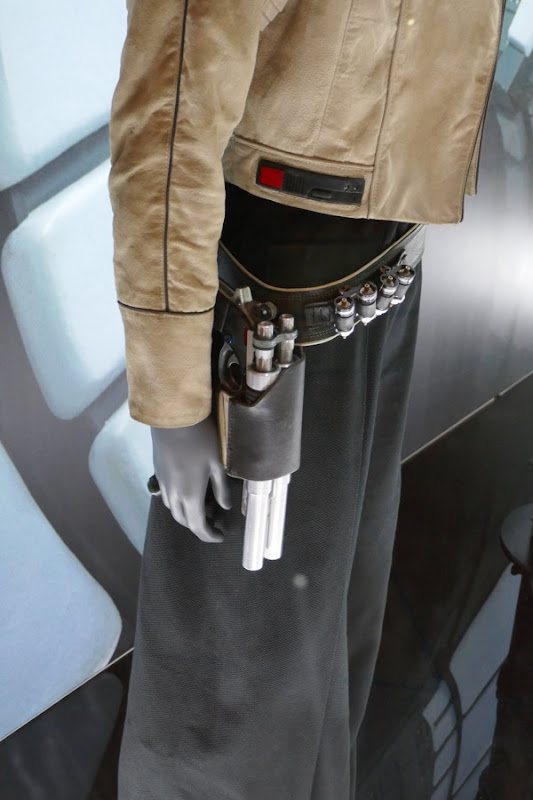 Qi'ra costume detail Solo