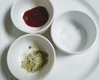 Whiite pepper, tomato sauce and salt for Chilli chicken recipe