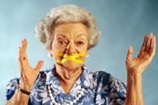En komik Fıkralar - Temel Fıkraları - Kaynanası Yoktur - komiklerburada
